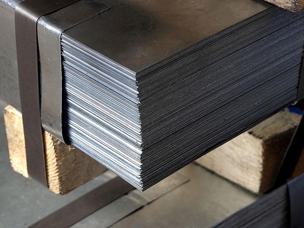 Лист горячекатаный 10х1500х6000 мм